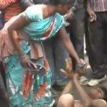 Mulher Dá Surra em Homem na Índia