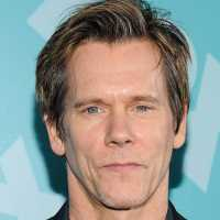 Free The Bacon: Kevin Bacon Inicia Campanha