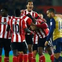 Arsenal Toma Goleada do Southampton